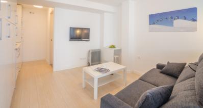 http://www.apartamentosencandelario.es/wp-content/uploads/2016/09/apartamentos-en-candelario-bejar-salamanca-la-covatilla-estudio-apartamento-casa-rural-1.png