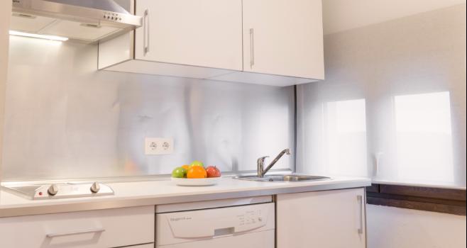 http://www.apartamentosencandelario.es/wp-content/uploads/2016/09/apartamentos-en-candelario-bejar-salamanca-la-covatilla-estudio-apartamento-casa-rural-51.png